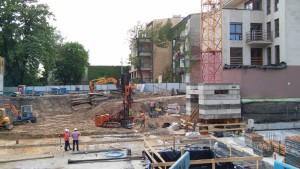 Zabezpieczenie wykopu na Budowie Kompleksu Mieszkaniowego