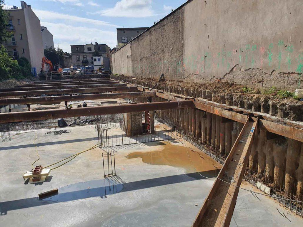 Ścianka berlińska betonowana oraz palisada żelbetowa VDW, ul. Kościuszki w Krakowie