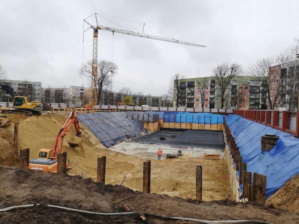 Oleśnica - Ścianka berlińska wwibrowywana