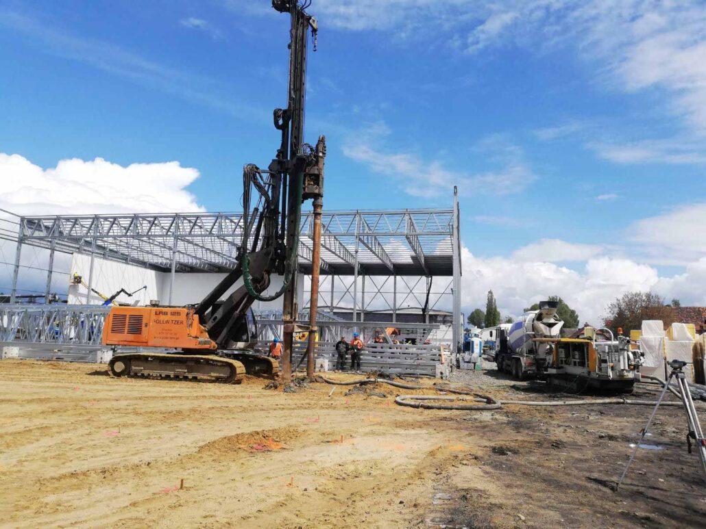 Pale przemieszczeniowe FDP – Rozbudowa i przebudowa budynku magazynowego na potrzeby mroźni - Ziębice.
